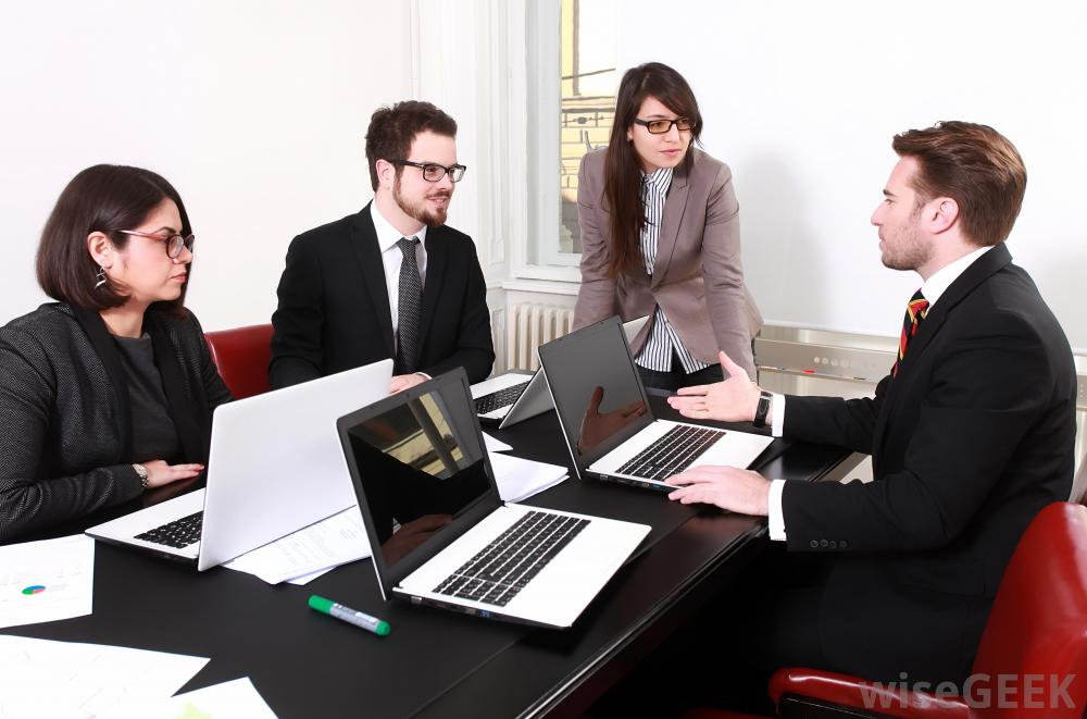 TRAINING PUBLIC RELATIONS FOR SECRETARY AND PERSONAL ASSISTANT